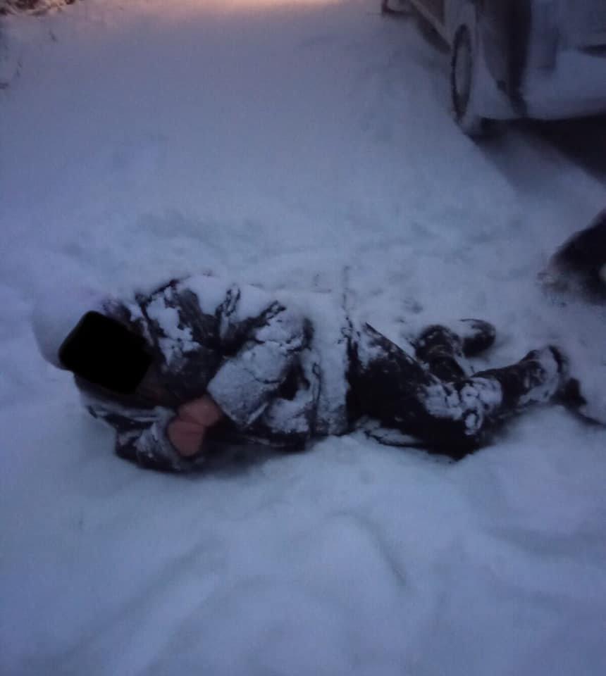 На Харьковщине во время снегопада мужчина сломал голень и едва не замерз насмерть в лесу, - ФОТО, фото-1