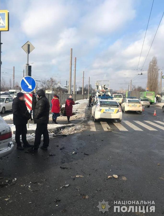 Смертельна авария на проспекте Гагарина: от столкновения двух авто погибла женщина-пешеход, - ФОТО, фото-4