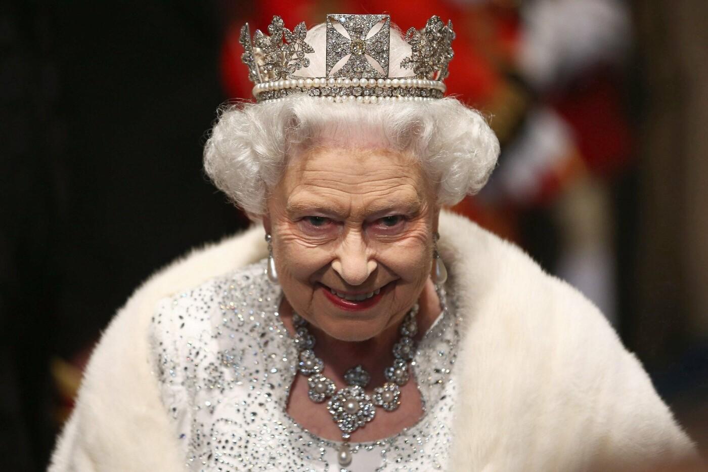 Лидеры государств, голливудские звезды и королевская семья. ТОП-10 вакцинировавшихся от коронавируса знаменитостей, - ФОТО , фото-4