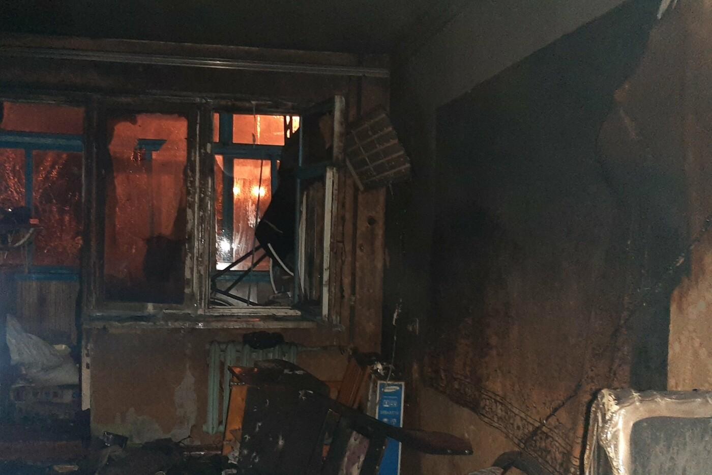 В Харькове загорелся пятиэтажный дом: спасатели эвакуировали пять человек, есть пострадавший, - ФОТО, фото-2