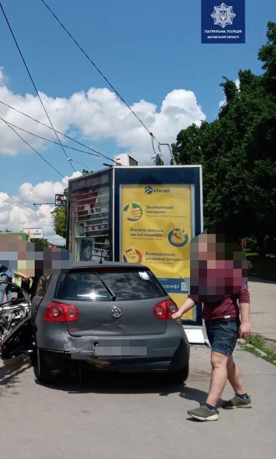 В Харькове - тройное ДТП: медики госпитализировали одного из водителей, - ВИДЕО, ФОТО, фото-1
