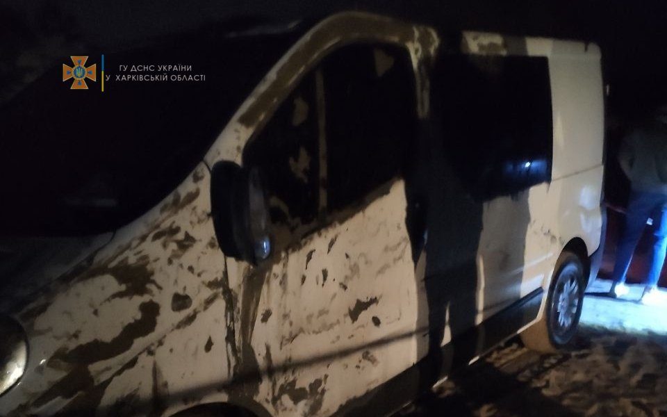 Гибель людей на Безлюдовке: спасатели рассказали, как доставали утонувший микроавтобус, - ФОТО, фото-2